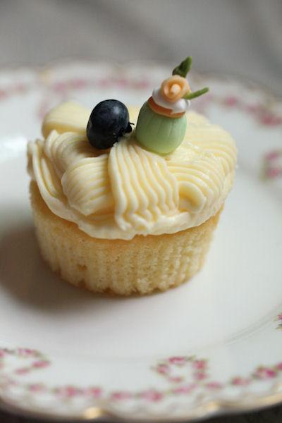 lemony-cupcakes2.jpg