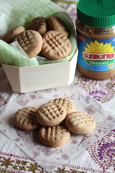 sunflower-cookies.jpg