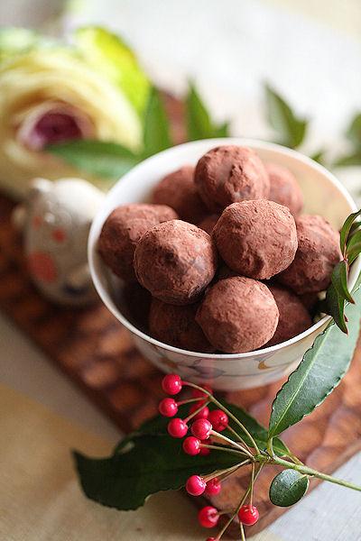caramel-almond-truffles4.jpg