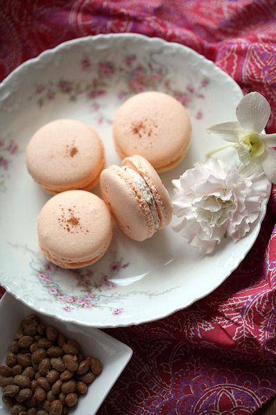 hoshiimo-natto-macarons6.jpg