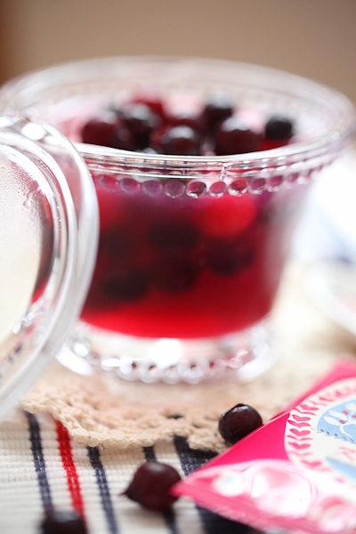june-berry-gelee3.jpg