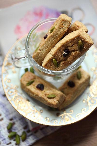 pistachio-shortbread.jpg