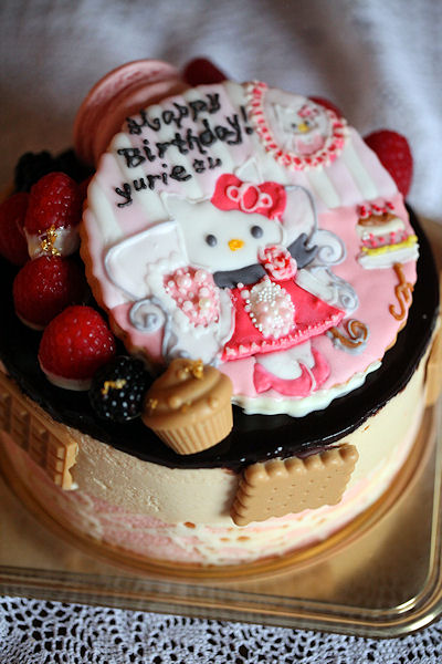 kitty-chan-cake4.jpg