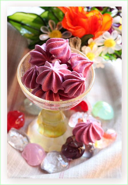 cassis-meringue