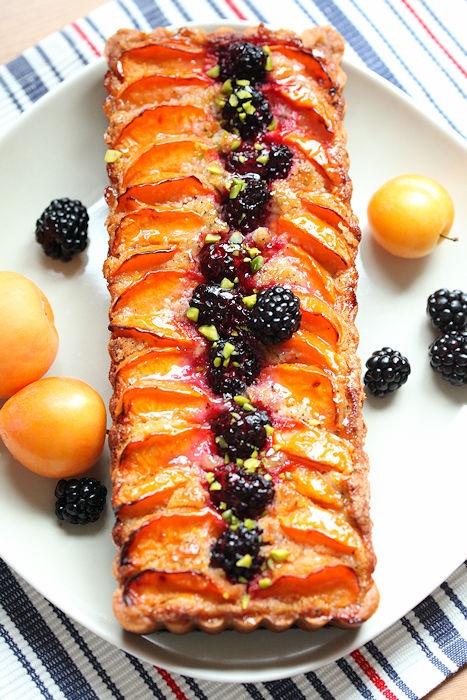 apricot-blackberry-tart.jpg