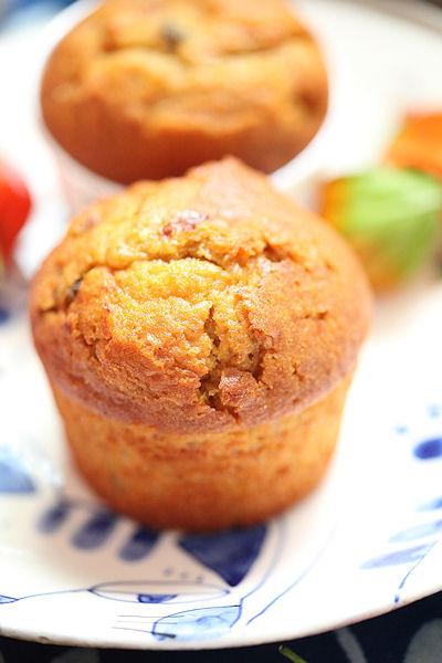 tarmeric-pumpkin-cake3.jpg