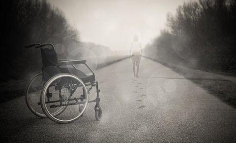 【衝撃】認知症の男性(95)が病院で転倒→ 後遺症→ ブチ切れて驚きの行動に・・・