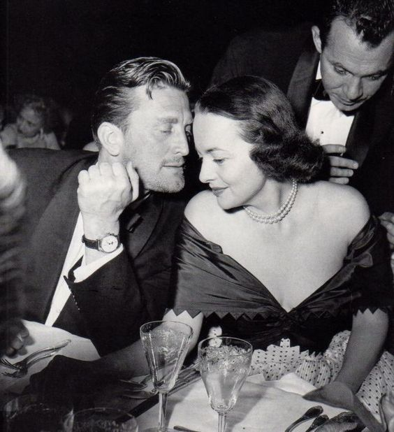 Kirk Douglas and Olivia de Havilland, Cannes 1953