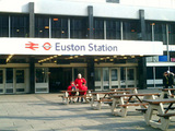 ユーストン駅から出発!