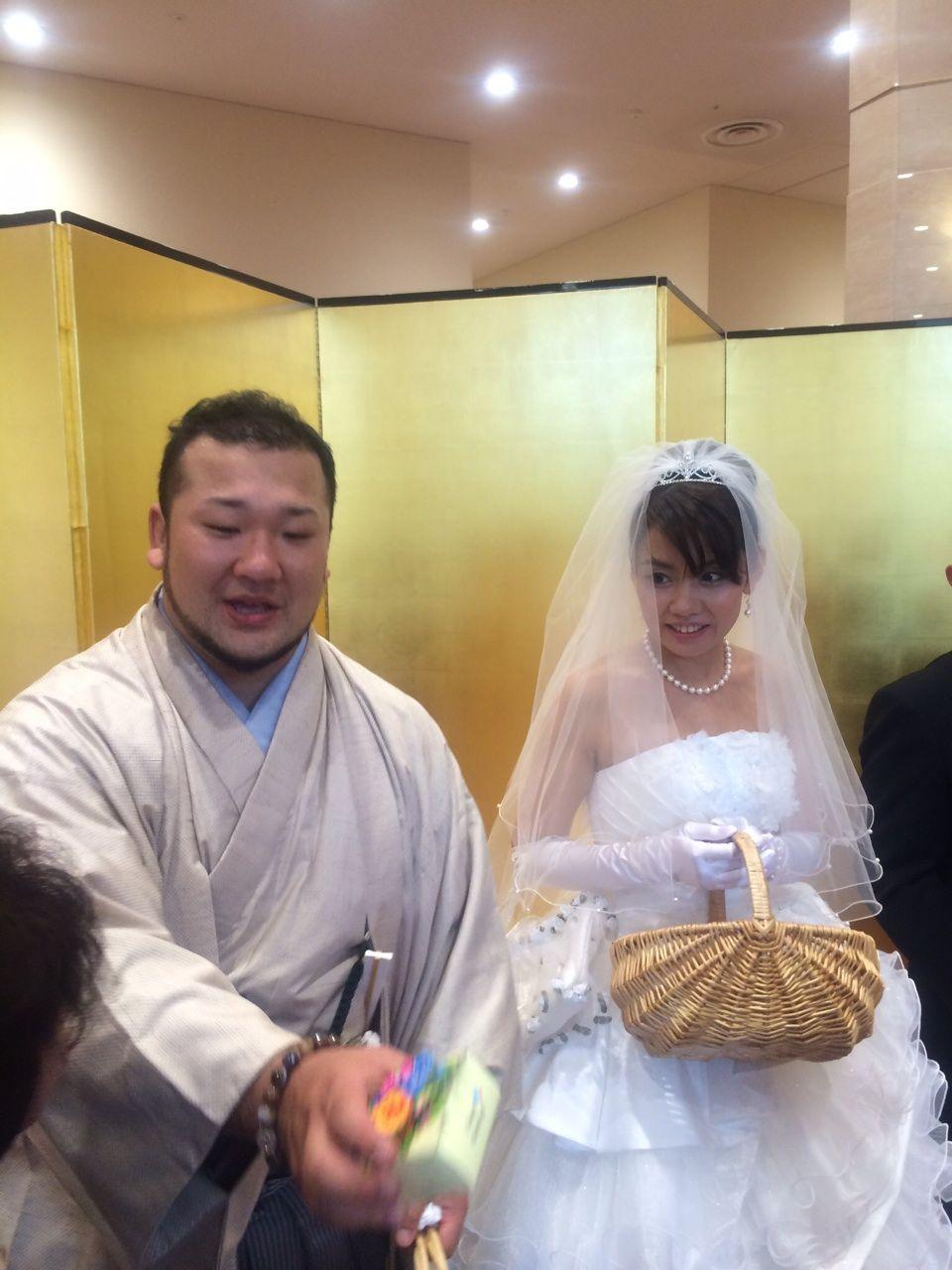 結婚 岡本
