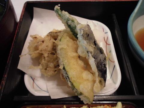 11野菜天ぷら4種盛り