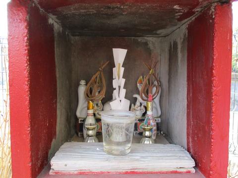 146小さな稲荷神社2