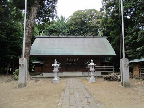 197拝殿2