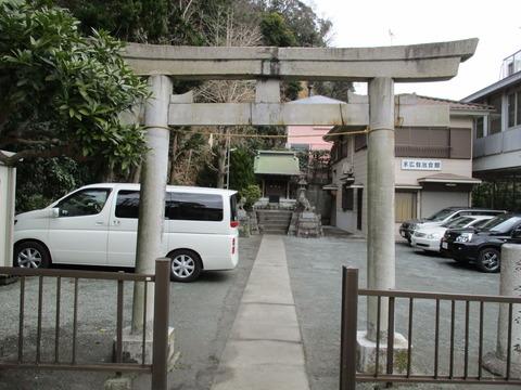 12諏訪神社1