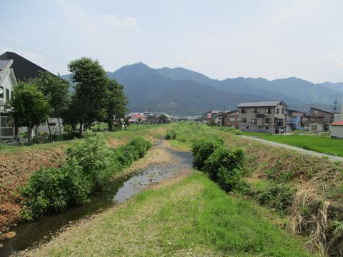 93鎌倉沢川・仲田橋3