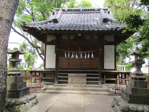 156拝殿1
