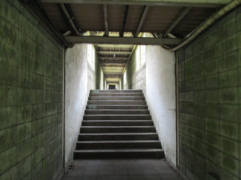 16土合駅15