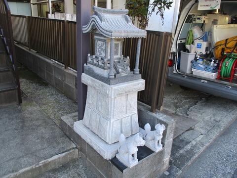 107稲荷神社