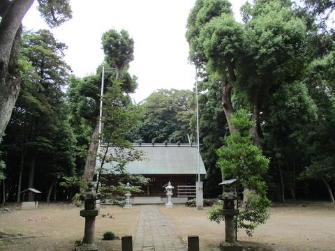 196拝殿1