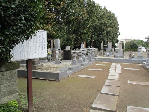 112門前墓地1