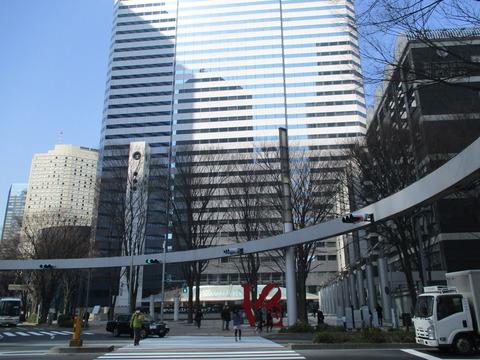 27新宿警察署裏交差点