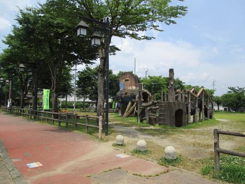 146塩沢中央公園