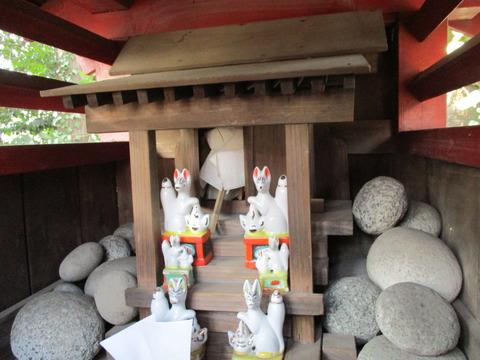 185稲荷神社3