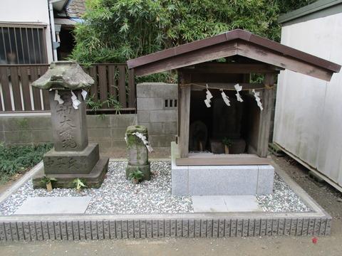 72神明神社4