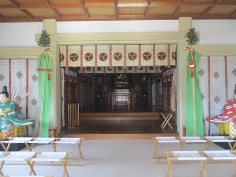 177拝殿3