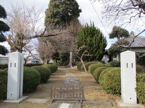 83稲荷神社1