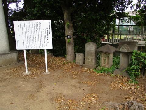 185神明神社2