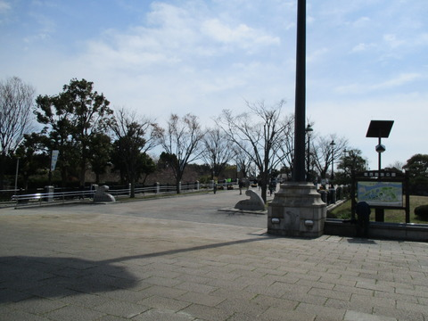 116葛西臨海公園内へ1