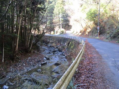 35小林みかん山入口1