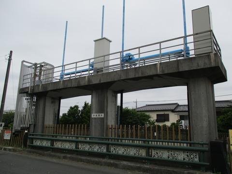 54中島用水路2