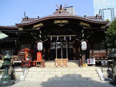 41拝殿1