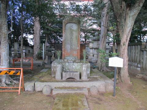 195堀田家墓所7