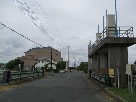 53中島用水路1