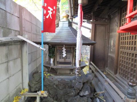 09雷電稲荷神社6