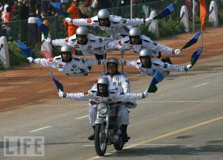 crazy_military_parades_10
