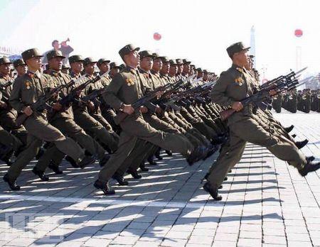 crazy_military_parades_16