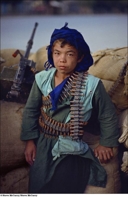 children_soldiers_02