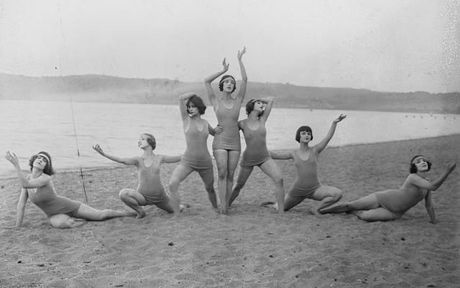 vintage-swimsuits-04