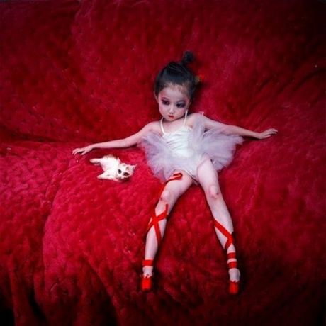 girl_or_doll_640_17