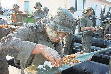 hilarious_army_photos_41