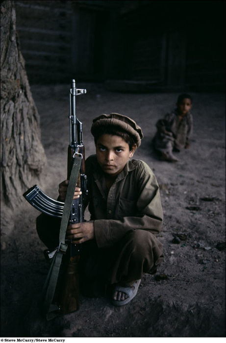 children_soldiers_18