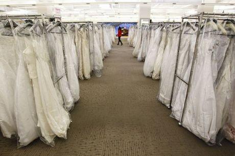 wedding_dress_race_01