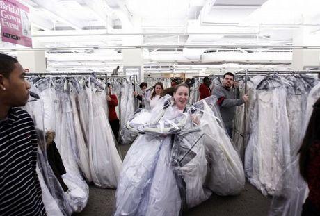 wedding_dress_race_05