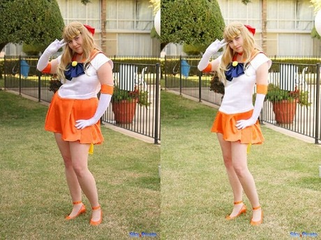 Cosplay_Girls_Before_And_After_Photoshop_01