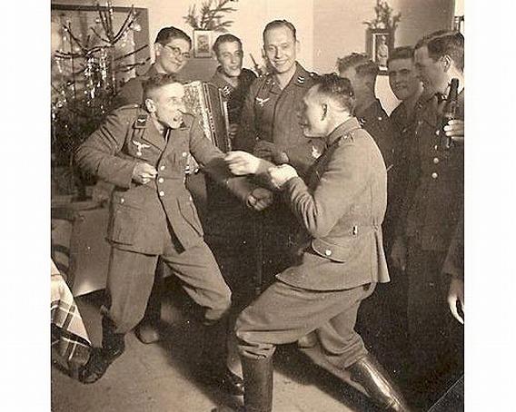 ヒトラーの薬物兵士たち:ドイツ...