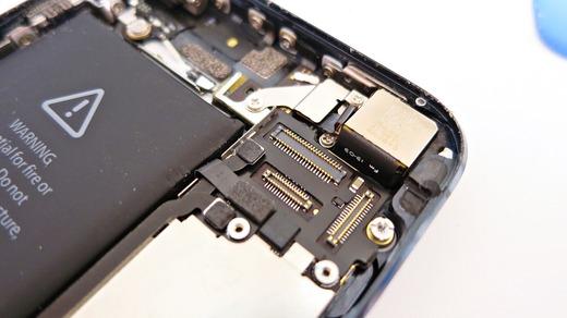 iPhone5液晶コネクタ